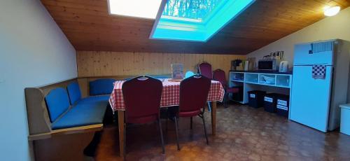 Ferienwohnung-Tschagguns-Gruppenappartment-20201107_140149