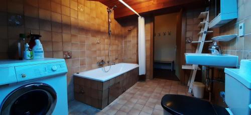 Ferienwohnung-Tschagguns-Gruppenappartment-20201107_140300